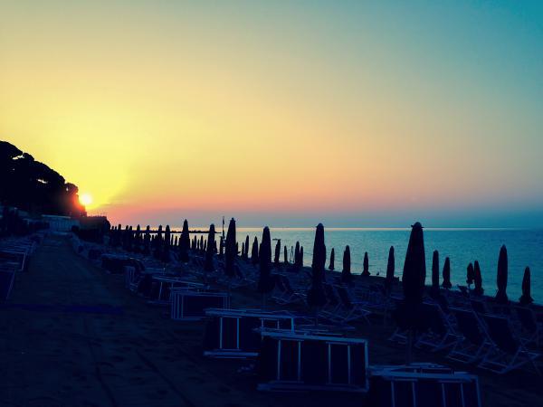 rt-cellelido-alba-ore-7-15-6-settembre-2014-celleligure-alba-cellelido-summer-italy-beach-sunrise-httpt-cougxv6ybhse